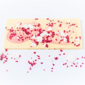 white chocolate bar with freeze dried berries & meringue pieces