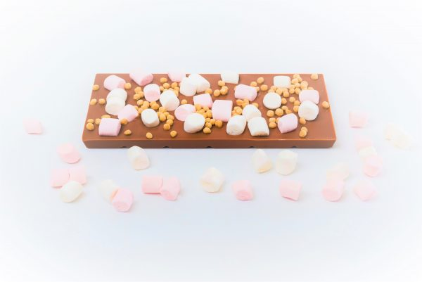 milk choc bar with mini mallow and fudge pieces decoration